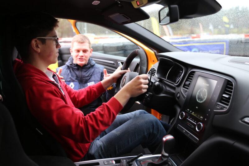 Nastoletni Kierowca - Szkolenie dla młodzieży powyżej 140 cm wzrostu
