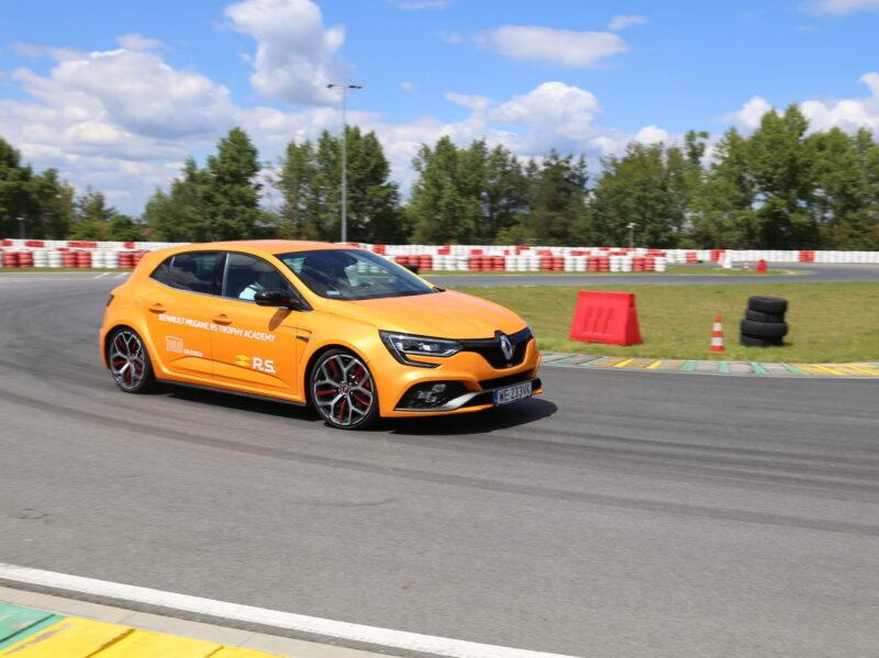 Renault Megane RS Trophy Academy
