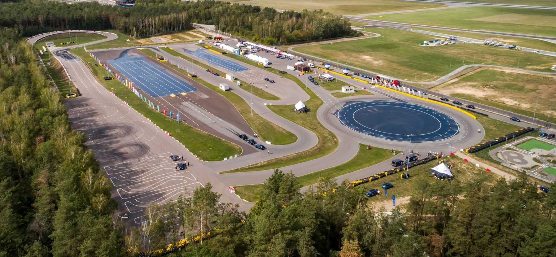 Ośrodek Doskonalenia Techniki Jazdy Tor Modlin